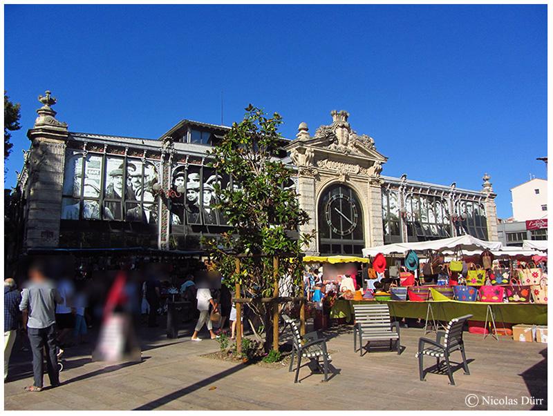 le marché des halles sur le cours Mirabeau