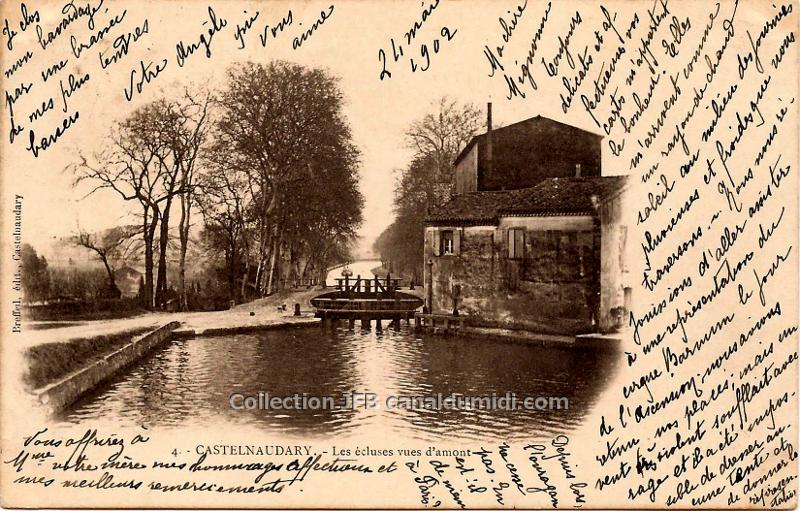 Carte Postale ancienne écrite en 1902 et représentant les écluses Saint Roch à Castelnaudary