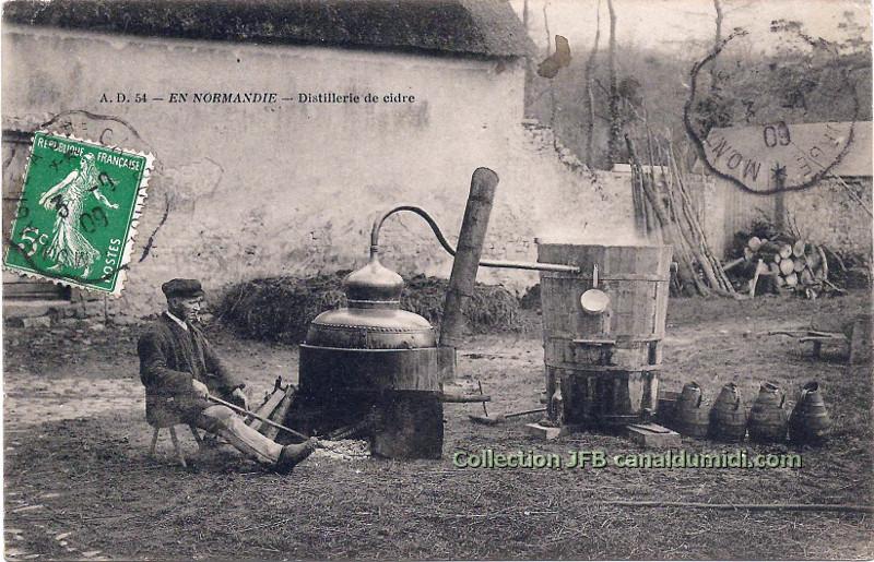 Un modeste distillateur de cidre, en Normandie