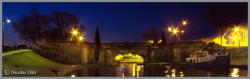2015-nocturne-canal-du-midi-a-castelnaudary-vue-du-pont-neuf-en-aval-
