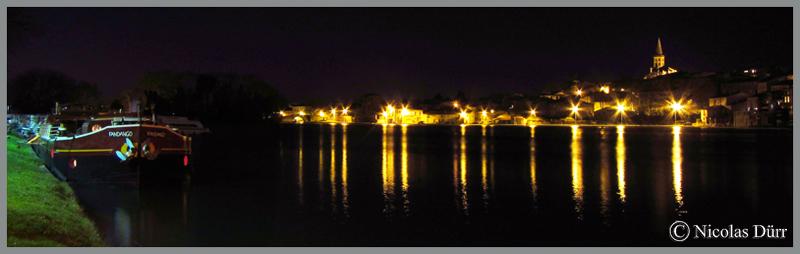 2015-nocturne-canal-du-midi-a-castelnaudary-vue-sur-le-grans-bassin-en-aval-