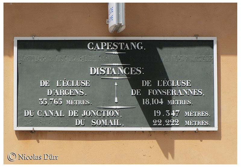 la-plaque-de-la-capitainerie-de-capestang-2012