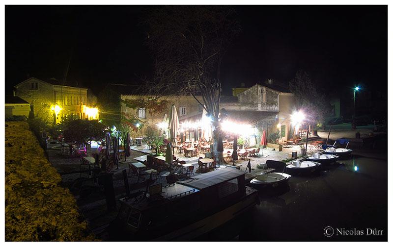 Nocturne sur les restaurants de la rive droite, 2016