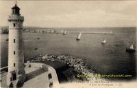 Sète : le phare et la jetée